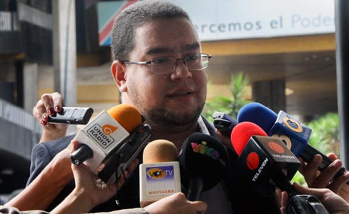 Súmate: Adelanto de elecciones impedirá que voten venezolanos en el exterior
