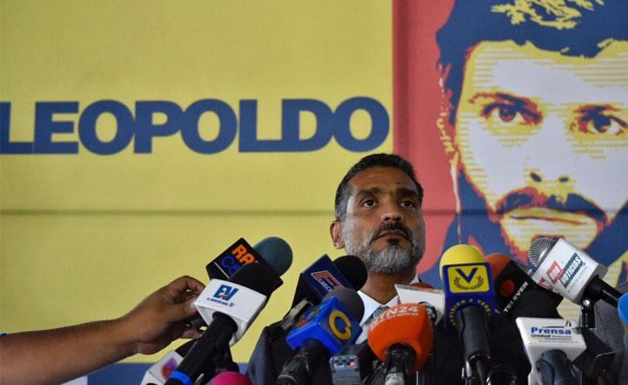 Abogado de Leopoldo López: Se le prohíbe emitir mensaje alguno por cualquier medio de comunicación
