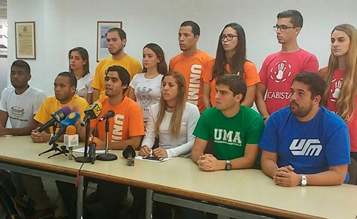 """Movimiento Estudiantil: """"El país merece y reclama unidad"""""""