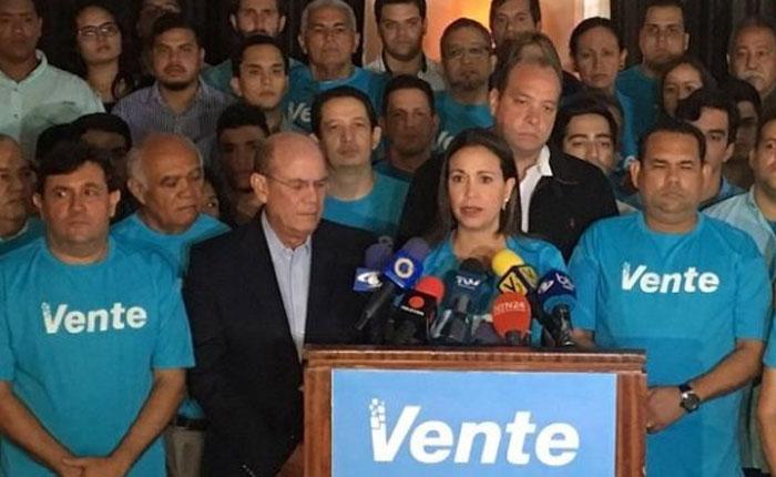 María Corina Machado anuncia que Vente Venezuela se separa de la MUD