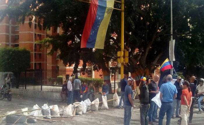 Vecinos de El Hatillo respondieron a la convocatoria de alcalde Smolansky