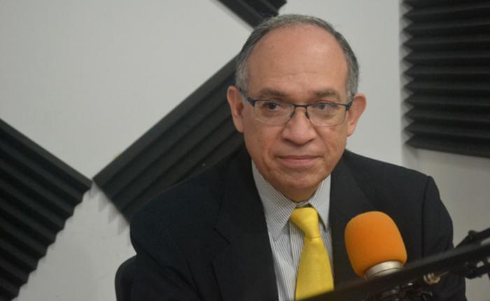 Este es el experto en negociación que acompaña a la MUD en Dominicana