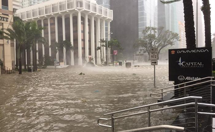 Vea como afecta la llegada del huracán Irma al sur de la Florida