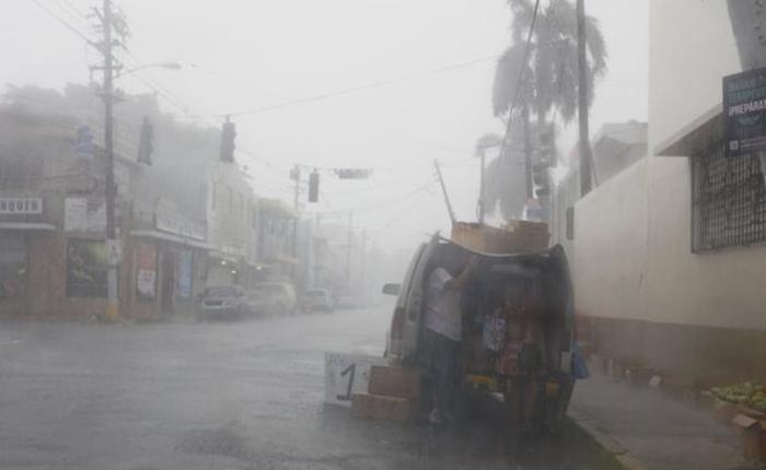 Irma deja más de una docena de muertos en su paso por el Caribe