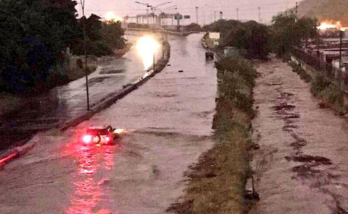 Aguacero de tres horas inundó 80 sectores de Puerto Cabello