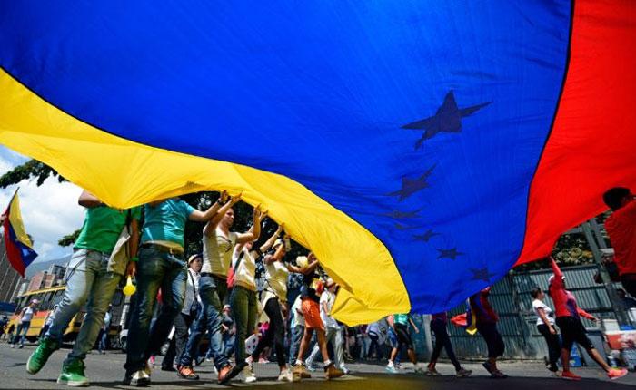 La derrota del régimen y la tarea de la oposición, por Eddie A. Ramírez S.