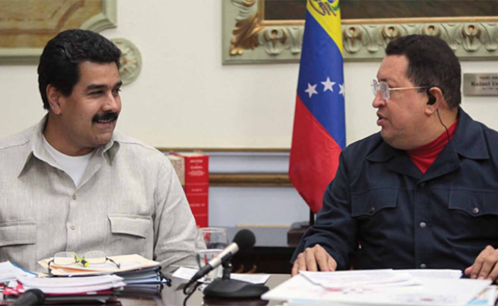 chavez-y-maduro.png