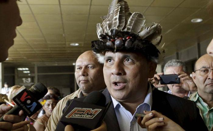 Guarulla lanza su propio candidato a las regionales