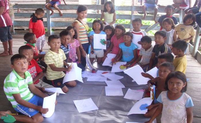 Desnutrición afecta a niños indígenas