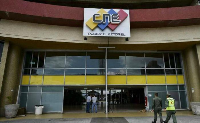 CNE publicó lista de sustituciones de candidatos a pocas horas de las elecciones