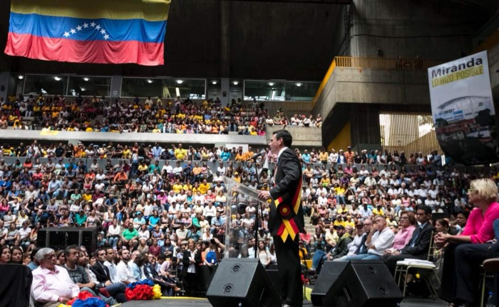 Despedida-Henrique-Capriles-MiguelGutierrezPhoto-EFE