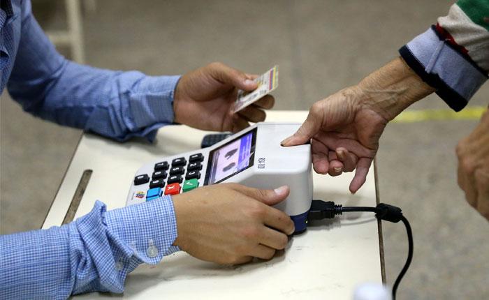 Análisis AFP: Tres escenarios de las elecciones de gobernadores del #15Oct