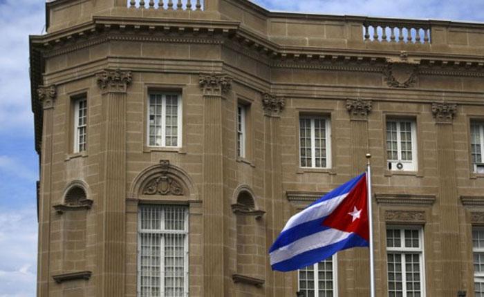 """EEUU expulsa a 15 diplomáticos cubanos tras los """"ataques acústicos"""" en La Habana"""