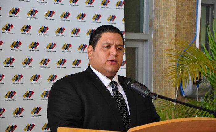 Rector Rondón rechazó que CNE no haya permitido sustituciones de candidatos