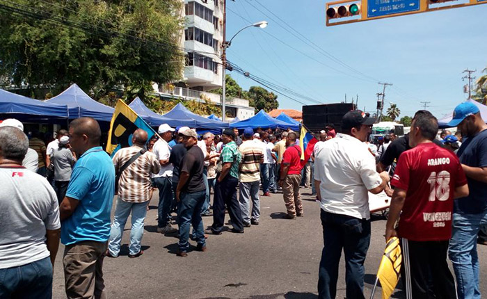 Guardia Nacional reprimió concentración de Andrés Velásquez en Bolívar