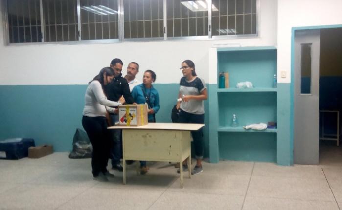 Colectivos y abstención marcaron el proceso en El Hatillo