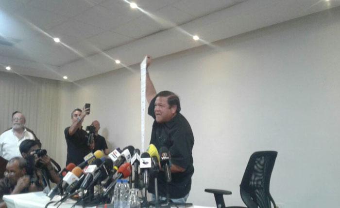 Con actas en mano, Andrés Velásquez cantó fraude en Bolívar
