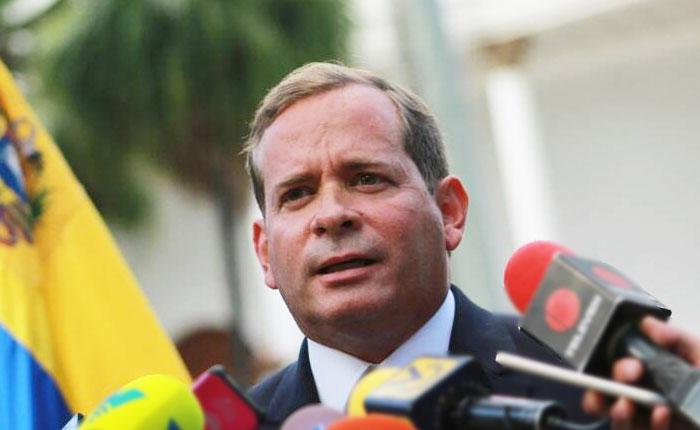 """Consejo Legislativo del Zulia declara """"vacante"""" en la gobernación"""