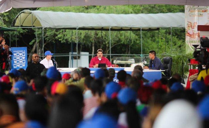 Maduro condena represión en Cataluña pero justifica la ocurrida en Venezuela