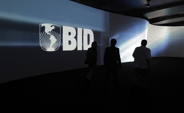 El BID suspende préstamos para Venezuela