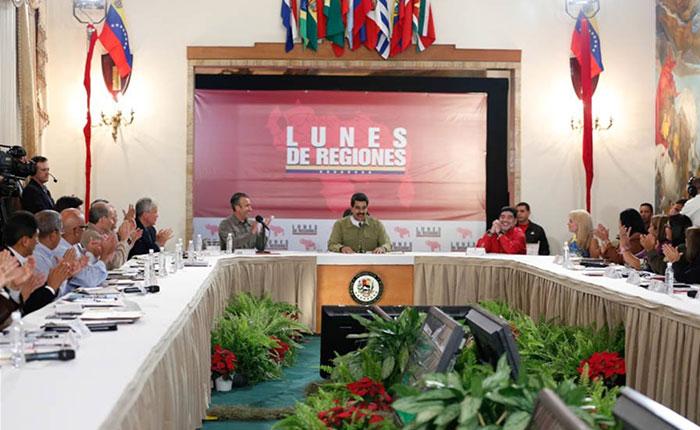 """Maduro pidió al Ministerio de Comunicación """"poner orden"""" en las redes sociales"""
