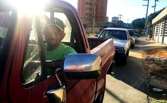 Cómo durante un día traté de conseguir carne, dinero en efectivo y gasolina en Maracaibo