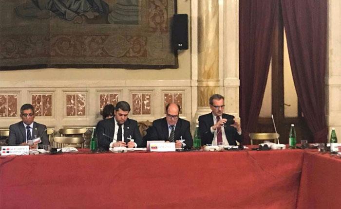 Julio Borges pidió ayuda humanitaria para Venezuela en el parlamento italiano