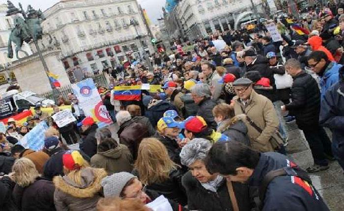 Expresan preocupación por impago a pensionados venezolanos en España