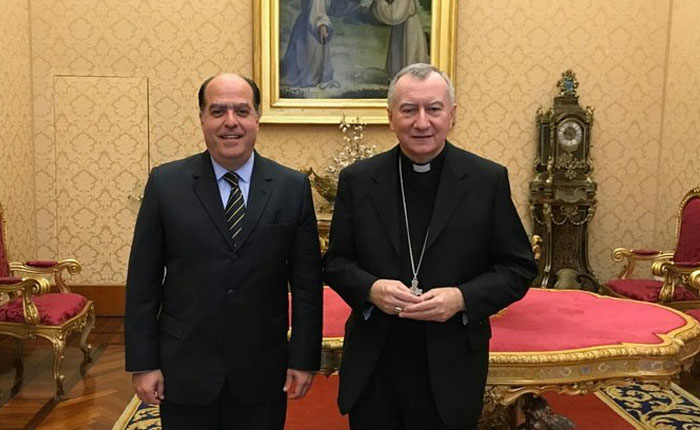 Julio Borges se reunió con Pietro Parolin en el Vaticano: planteó la apertura de un canal humanitario