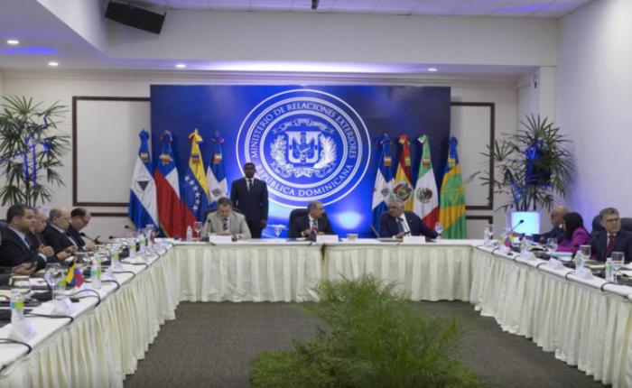 Oposición y Danilo Medina desmienten preacuerdo de Jorge Rodríguez