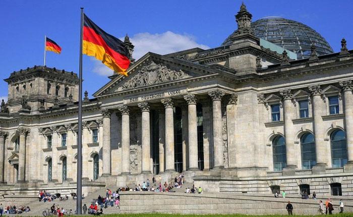 Alemania admite preocupación por elecciones adelantadas en Venezuela