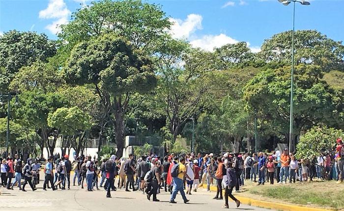 plazalastresgracias.jpg