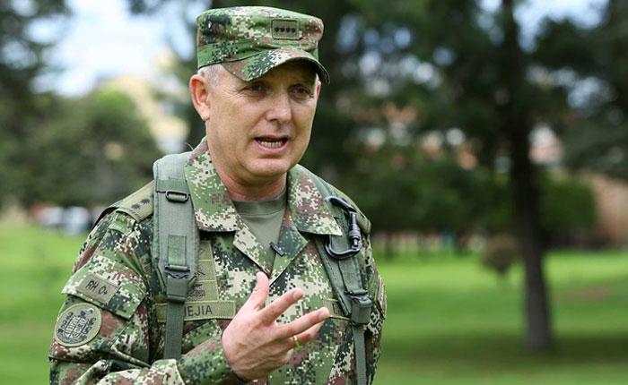 Jefe militar de Colombia niega que haya un plan para atacar Venezuela