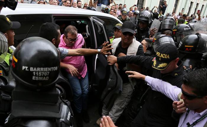"""Farc suspenden su campaña electoral en Colombia por falta de """"garantías"""""""