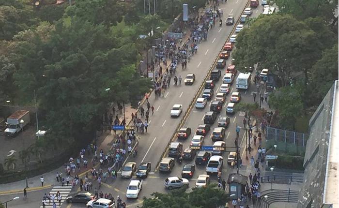 Falla eléctrica en Caracas, Vargas y Miranda genera colapso