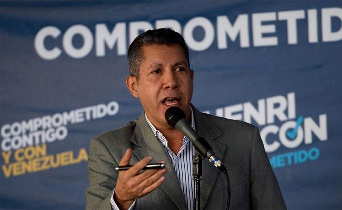 """Falcón asegura que se """"retiraría"""" de las presidenciales si Maduro no cumple condiciones electorales"""