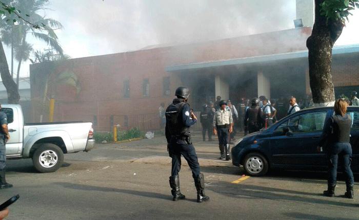 Policarabobo-Incendio_fachada.png
