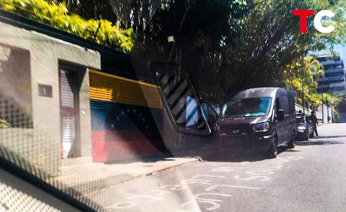 Sebin ingresa a casa de Leopoldo López y detiene periodistas que estaban en las cercanías