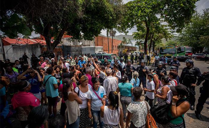 El silencio del gobierno se mantiene tras la muerte de 68 personas en Carabobo