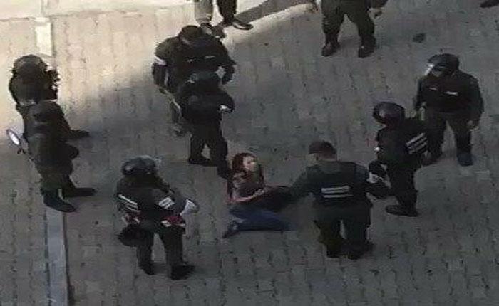 A un año de la golpiza contra periodista la denuncia contra sus agresores está paralizada