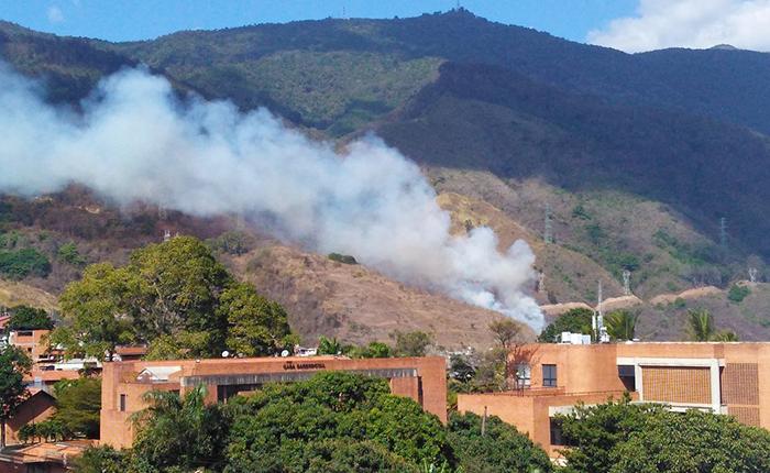 Reportan incendio en el Parque Nacional El Ávila por las redes sociales