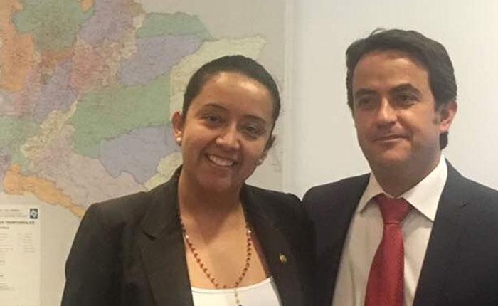 Migración Colombia estrecha lazos con la Asamblea Nacional para ayudar a los venezolanos