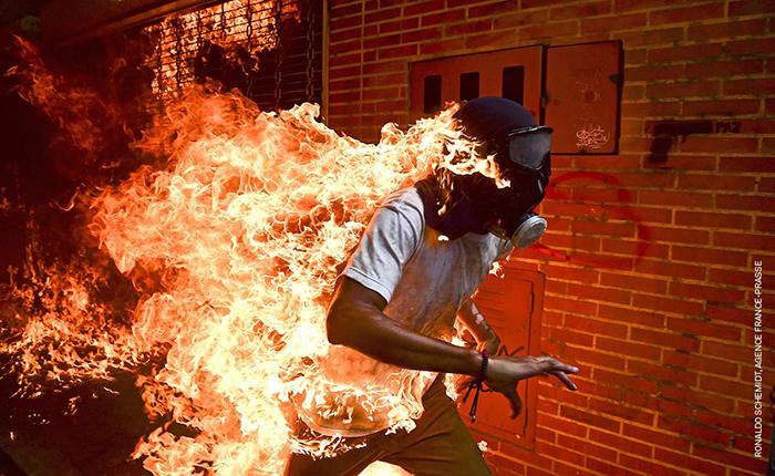 Fotógrafo venezolano galardonado por la mejor foto del año por el World Press Photo