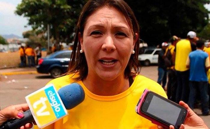 Amelia Belisario: El gobierno puso a las madres escoger entre alimentar a sus hijos o enviarlos al colegio