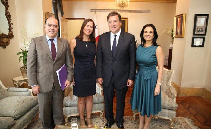 Informe Otálvora: Cuarenta y dos gobiernos ya sancionan a régimen chavista