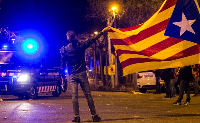 """Carta abierta de Fernando Savater y los fundadores de """"¡Basta Ya!"""" sobre la crisis en Cataluña"""