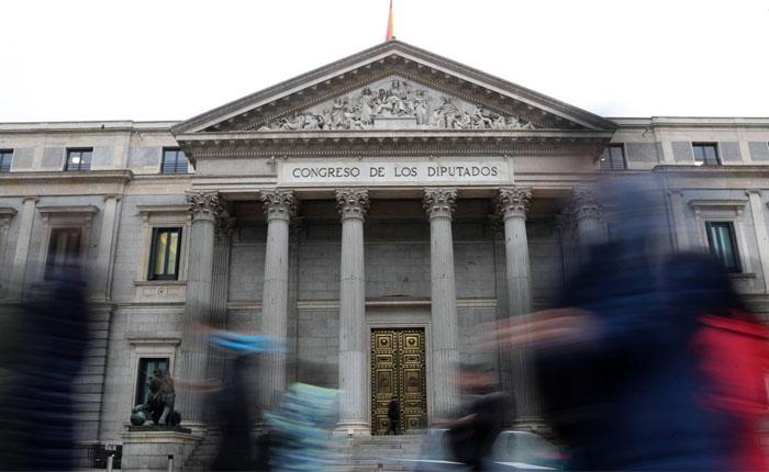 Congreso español pide ampliar sanciones contra altos funcionarios venezolanos