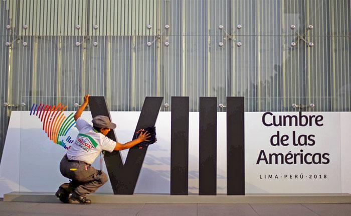 Betancourt y Caldera en la VIII Cumbre de Lima, por Milos Alcalay