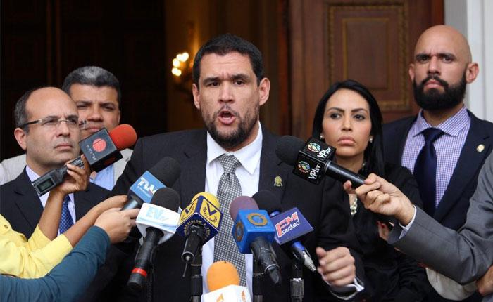 Primero Justicia propondrá destitución de Iris Varela por tragedia en Policarabobo