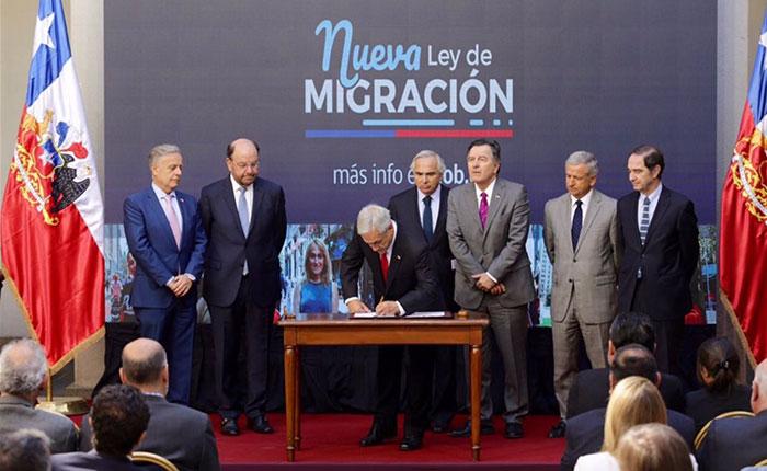 """Chile otorgará visas de """"responsabilidad democrática"""" a inmigrantes venezolanos"""